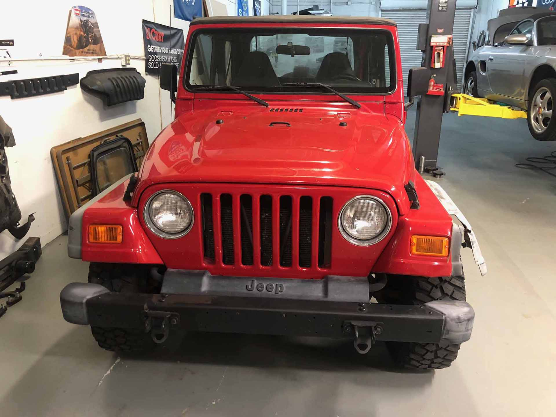Jeep 2001 Red Before front